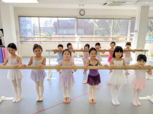 御殿町スタジオ土曜日9時〜のキッズクラスに空きが出来ました!!